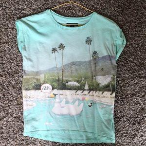 Gap shirt sleeve shirt